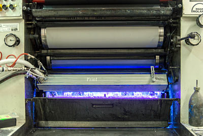 STAMPA OFFSET e UVLED